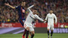 Joan Jordán en un partido contra el Sevilla (AFP)
