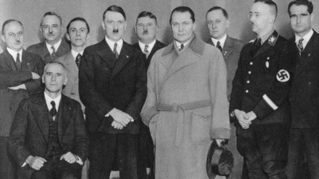 """El origen de las canciones de los soldados durante Segunda Guerra Mundial: """"Hitler sólo tiene un huevo"""""""