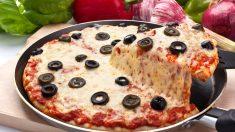 Receta de Pizza en sartén con harina de garbanzos