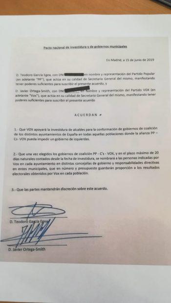"""Documento firmando por PP y Ciudadanos para tener """"gobiernos de coalición"""" en los Ayuntamientos."""