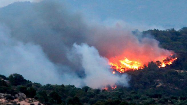 La UME se moviliza para combatir el incendio que asola Tarragona y alcanza ya 3.600 hectáreas