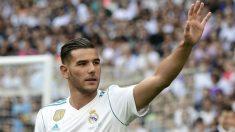 Theo Hernández, en su presentación en el Bernabéu. (AFP)
