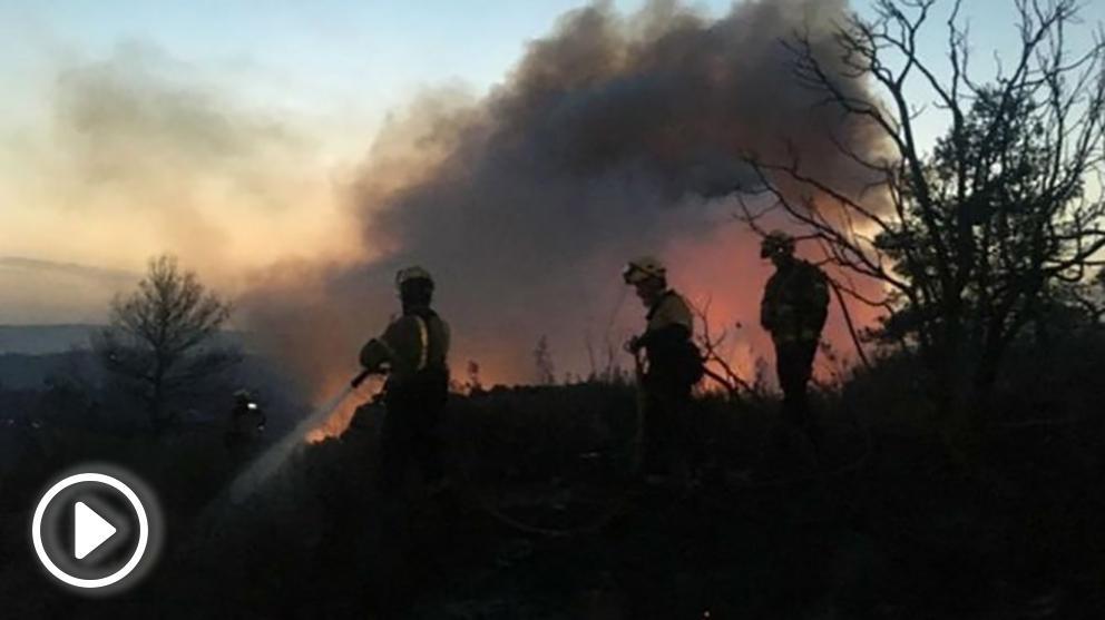 bomberos-de-la-generalitat-en-el-fuego-del-municipio-de-tarragona-655×368 copia
