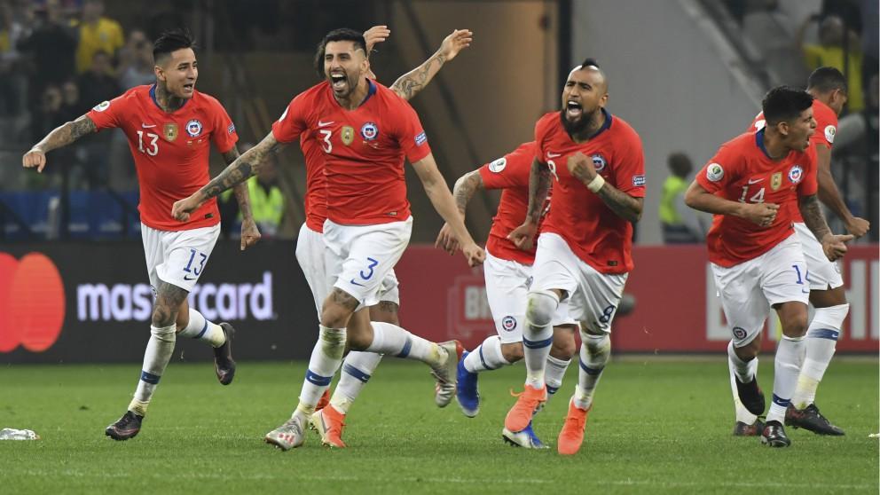 Chile celebra el pase a las semifinales de la Copa América frente a Colombia. (AFP)