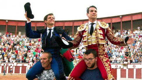 El Juli y Manzanares salen a hombros este domingo en Zamora (Foto: EFE).
