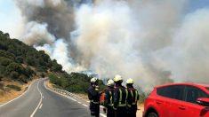 Casi 400 efectivos tratan de controlar el incendio en la región madrileña. (Foto: EFE/Emergencias 112 Comunidad de Madrid)