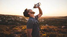 El flúor puede conllevar ciertos riesgos si está presente en el agua