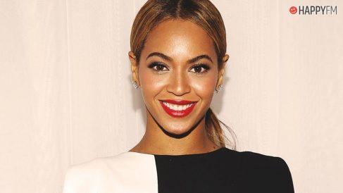 Beyonce muestra su pelo al natural