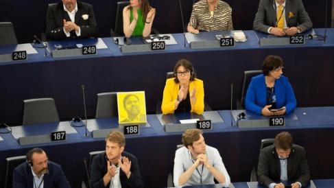 Parlamento Europeo en la sesión de conformación del Parlamento Europeo @Twitter