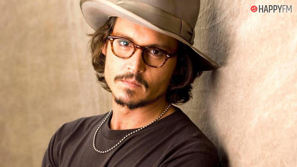 Johnny Depp pide millones de dólares a su ex pareja