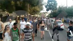 Protestas en El Masnou contra los Menas. @OKDIARIO