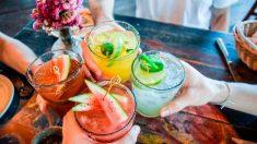 Un cóctel es la bebida perfecta para refrescarte en verano