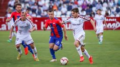 Aleix Febas en un partido contra el Extremadura (@AlbaceteBPSAD)