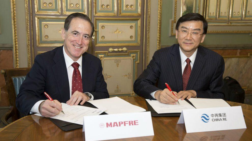 Mapfre y China Re firman un acuerdo para asegurar infraestructuras en la Nueva Ruta de la Seda en China (Foto: Mapfre)