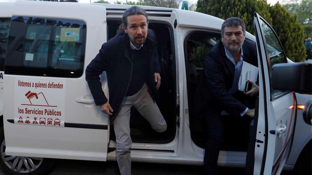 Iglesias acompañado de su gurú, Pablo Gentili.