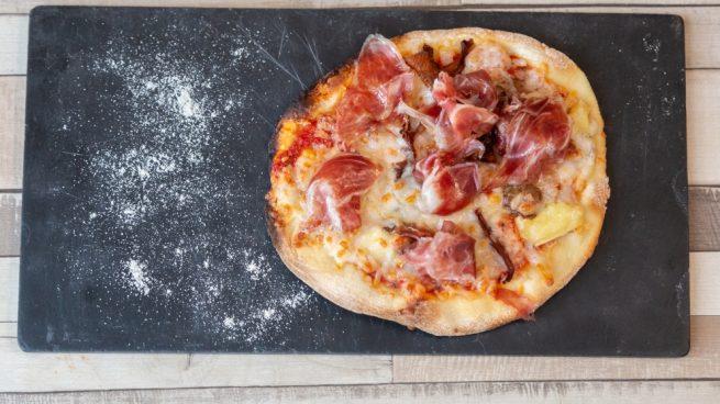 Pizza de masa fina