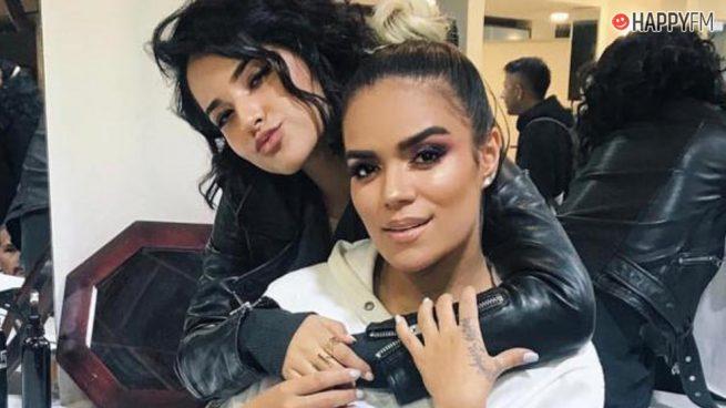 Karol G y Becky G, la imagen con la que avivan rumores de colaboración