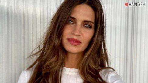 Sara Carbonero sigue los pasos de Angelina Jolie