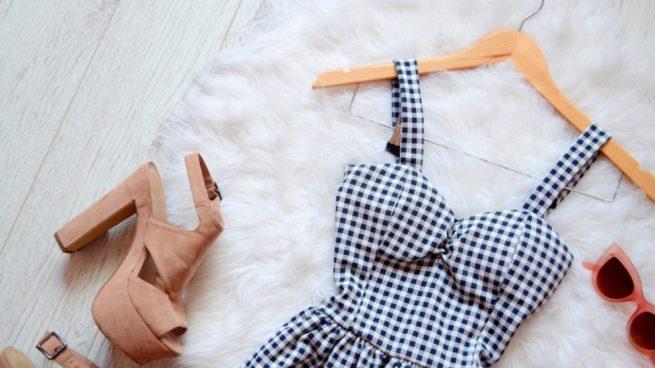 Pasos para hacer un vestido con una sábana bajera