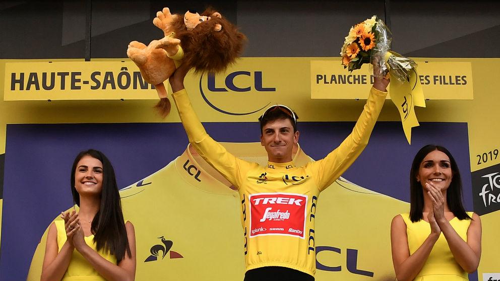Ciccone mantiene el liderato de la general del Tour de Francia. (AFP)