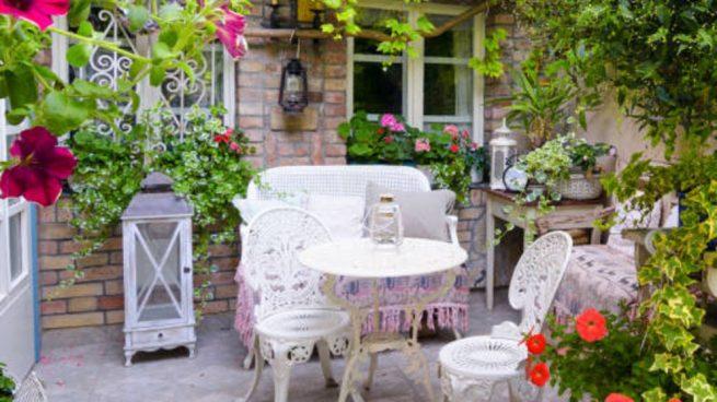 jardín en un patio interior