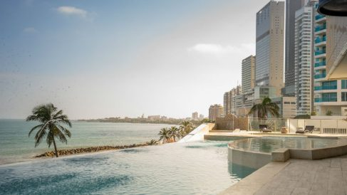 Infinity Pool Be Live Experience Cartagena Dubai