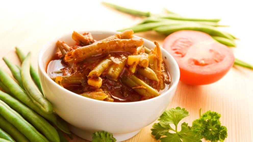 Judías verdes con salsa de mostaza y jamón