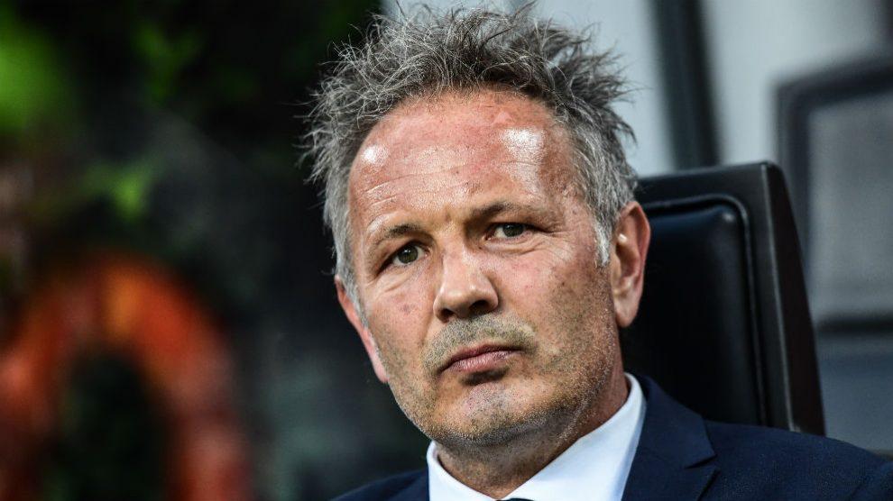 Sinisa Mihajlovic, entrenador del Bolonia. (AFP)