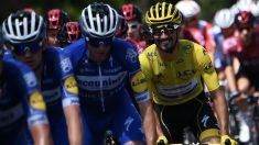 Julian Alaphilippe, con el maillot amarillo. (AFP)