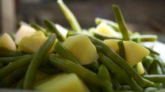 Receta de Judías verdes con patatas y salsa de tomate