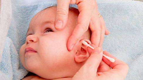 Todos los pasos para limpiar los oídos para los niños