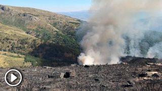 El incendio de Sotillo de la Adrada (Ávila), que continúa activo y en nivel 1 de peligrosidad. Foto: EP