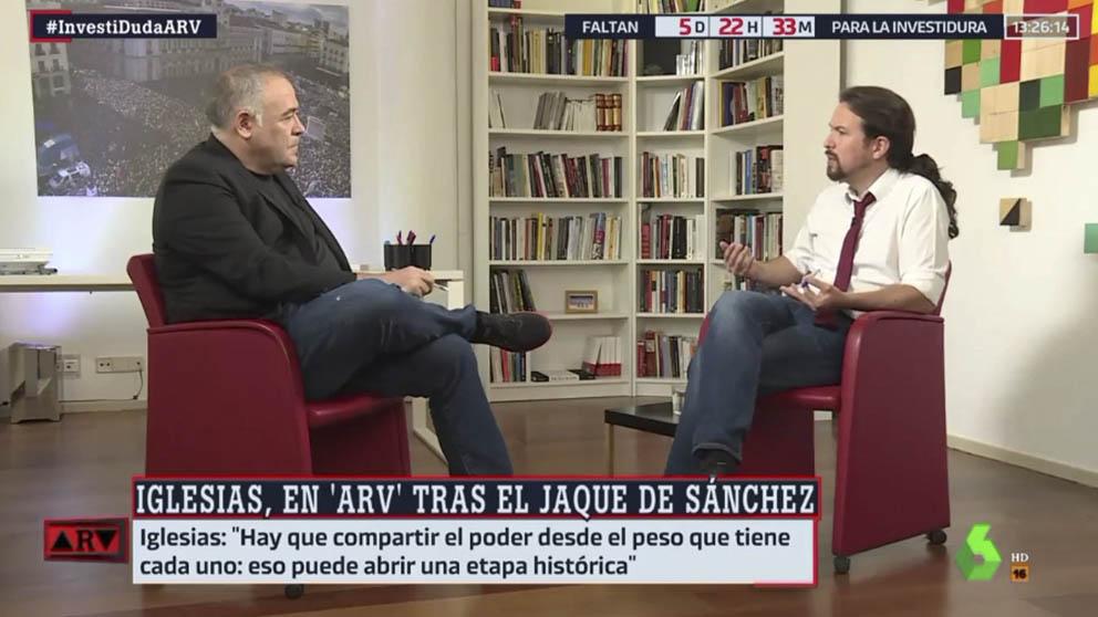 Pablo Iglesias, entrevistado por 'Al Rojo Vivo' en su despachazo del Congreso. (Imagen: La Sexta)
