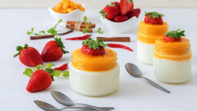 Receta de gelatina de yogur y mango