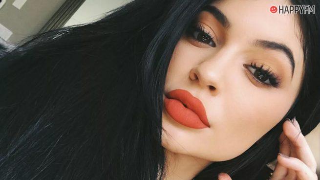 """Kylie Jenner consigue con esta imagen 5 millones de """"me gusta"""" en tiempo récord"""