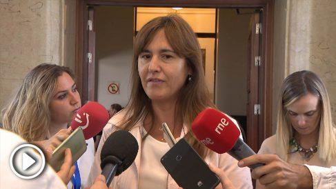 La portavoz de Junts per Cataluña, Laura Borràs, en declaraciones a la prensa. (Foto: Europa Press).