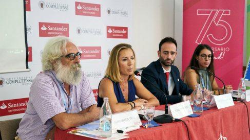 Mesa 'El papel de los profesionales en la educación sobre salud y nutrición' (Foto: Cofares)