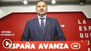 El Secretario de Organización del PSOE, José Luis Ábalos, ofrece una rueda de prensa tras la reunión de la Comisión de la Ejecutiva Federal del PSOE en su sede en Ferraz. (Foto: Europa Press)