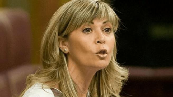Una diputada del PSOE dice que el hombre no llegó a la luna: «Es sospechoso que no hayamos vuelto»