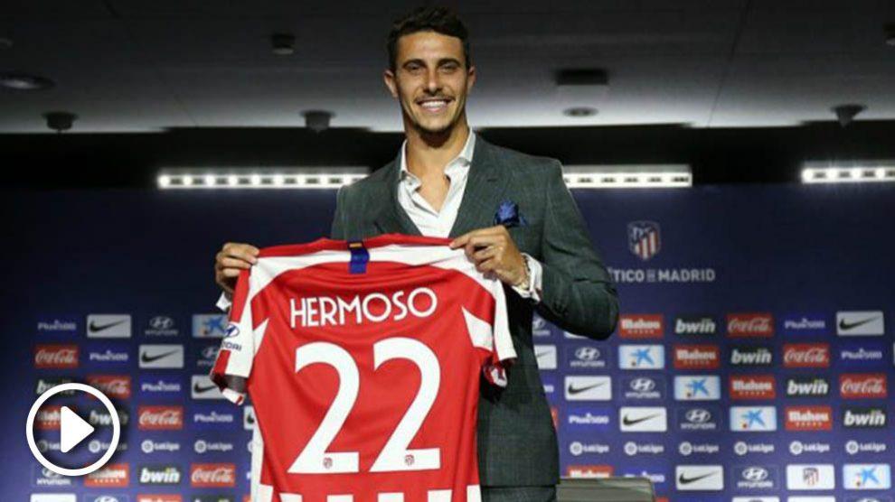 Mario Hermoso, con su nueva camiseta. (Atlético de Madrid)