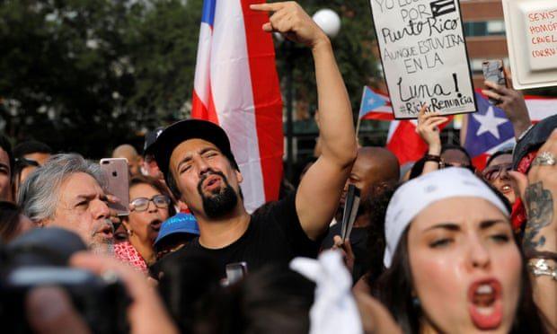 Luis Fonsi alza la voz por Puerto Rico y pide la dimisión de Ricardo Rossello