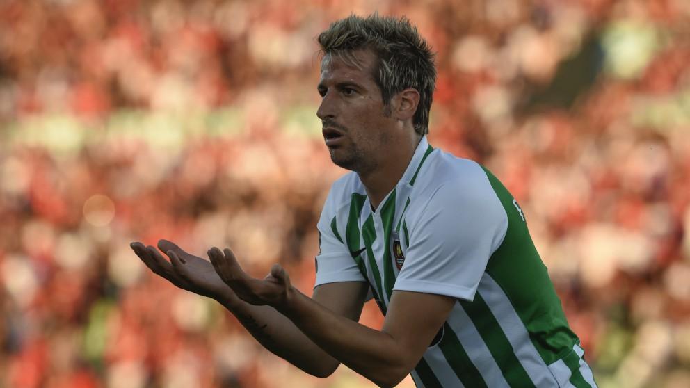 Fabio Coentrao, durante un partido con el Río Ave. (AFP)