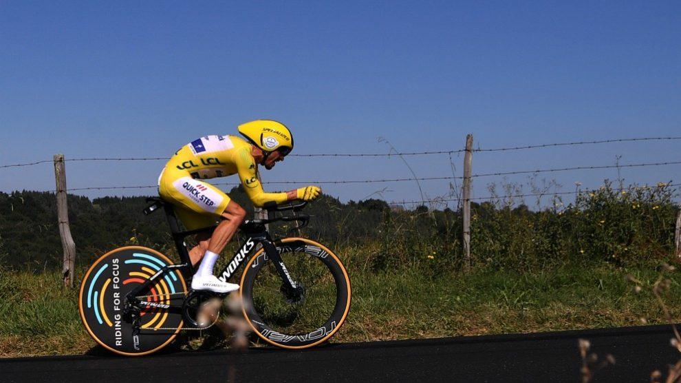 Julian Alaphilippe, en la contrarreloj del Tour. (afp)
