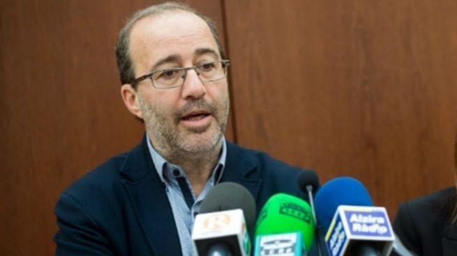 Tres alcaldes de Compromís se dan de baja del partido por «la falta de democracia interna»