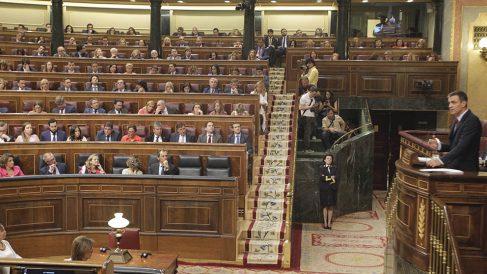 Discurso de Pedro Sánchez durante la sesión de investidura. (Foto: Francisco Toledo).