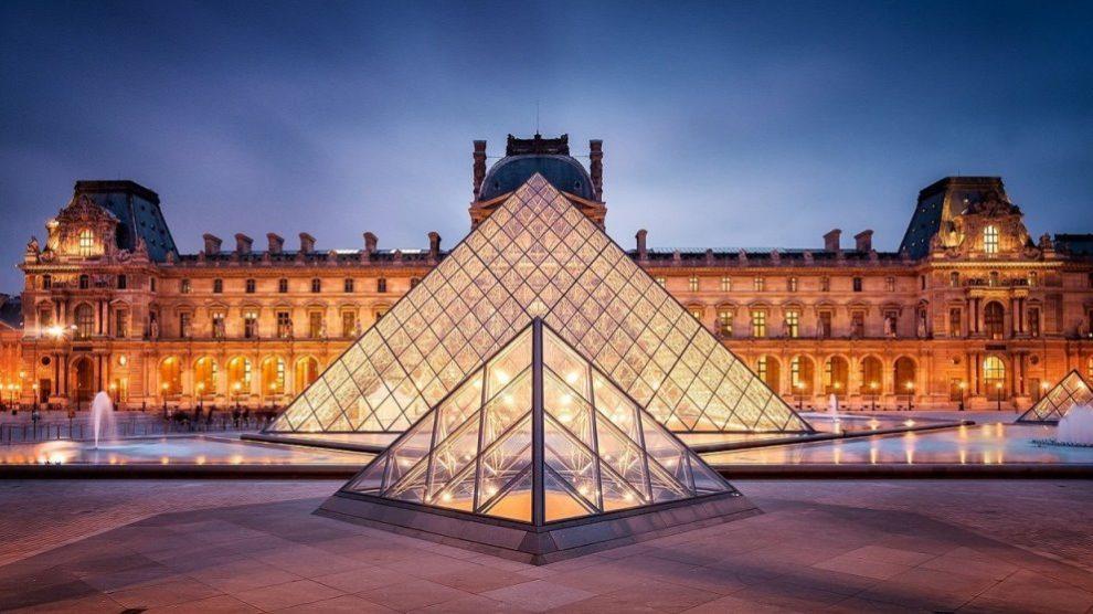 El Louvre es uno de los museos más visitados del mundo