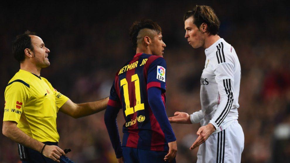Neymar y Bale durante un Clásico. (Getty)