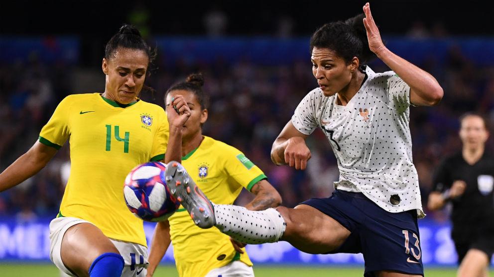 Kathellen Sousa es una de las jugadoras que negocia con el Real Madrid femenino. (AFP)