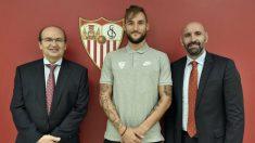 José Castro, Nemanja Gudelj y Monchi (Sevilla Fútbol Club)