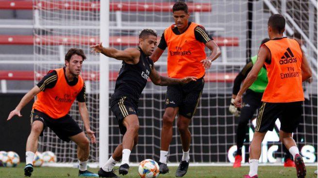 Mariano Díaz, en un entrenamiento del Real Madrid (Realmadrid.com)